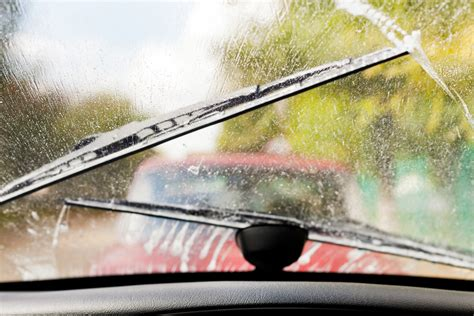 how to replace windshield wipers and add washer fluid the best windshield washer fluid for your vehicle glasshopper