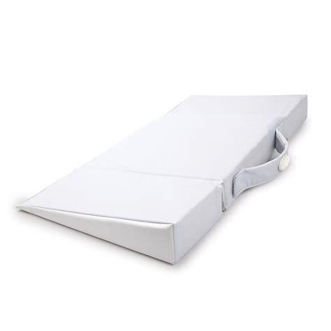 vibrating crib mattress munchkin lulla vibe vibrating mattress pad
