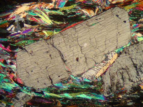 thin sections kyanite photographs