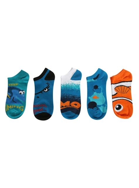 Topi 3 In 1 Diskon ain t these a dory ble once upon a time socks finding nemo and topic