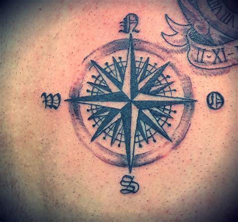 rosa dei venti tattoo www pixshark com images