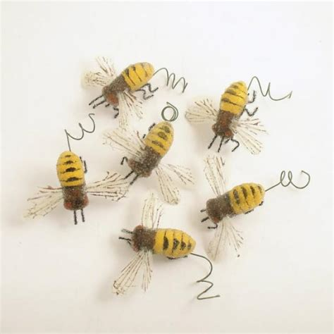 bumble bee string lights bumble bee decorations wholesale holigoo honey bee solar
