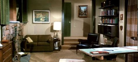 Floor Plan Of The Brady Bunch House by Hitting The Skull Light The Haunted Brady House And A New