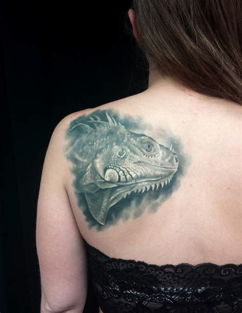 iguana tattoo pin iguanas y dragones pictures to pin on