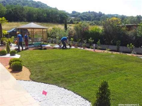 giardini con ciottoli bianchi giardino con ciottoli