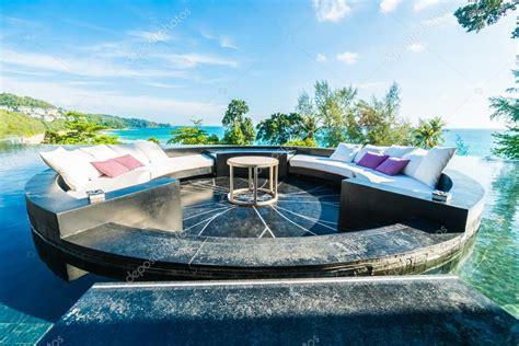 luxus terrasse sch 246 ne luxus terrasse stockfoto 114644548