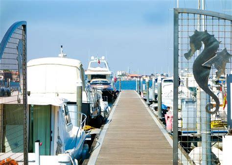 ufficio turistico sottomarina i servizi la darsena porto san felice chioggia