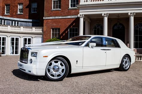 roll royce wedding rolls royce phantom white rolls royce wedding car hire