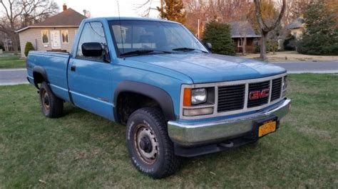 chevrolet gmc full size gas pick ups 88 98 c k classics 99 00 haynes repair manual gmc sierra 1500 pickup 1993 blue for sale 1gtek14z7pe506968 1993 gmc pickup 1500 sierra 4x4 not