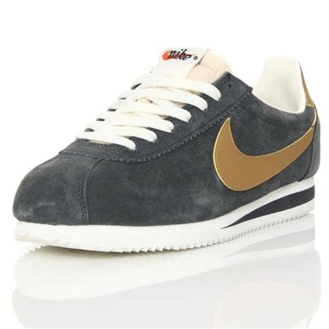 Nike Cortez 02 Suede nike cortez suede id ilpaesechenonce it