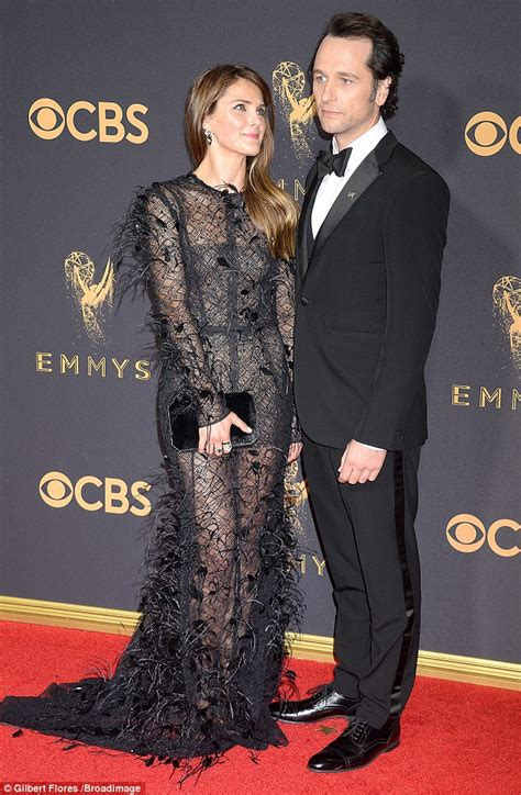 matthew rhys and keri russell emmy keri russell and matthew rhys are all loved up at emmys