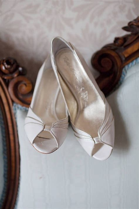 most comfortable wedding heels 1000 ideas about comfortable wedding shoes on pinterest
