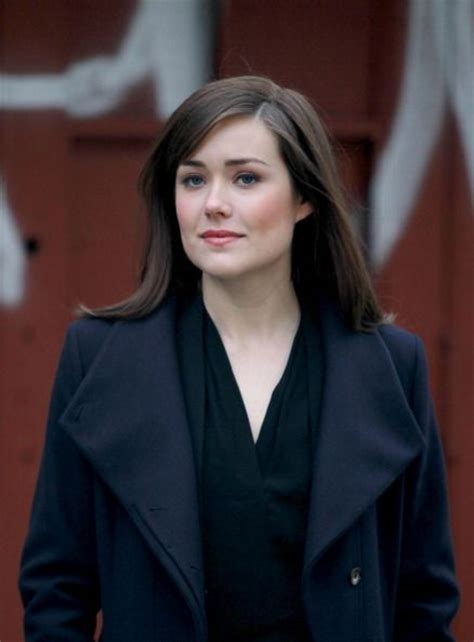 elizabeth keen looking rough 30 best megan boone images on pinterest megan boone the