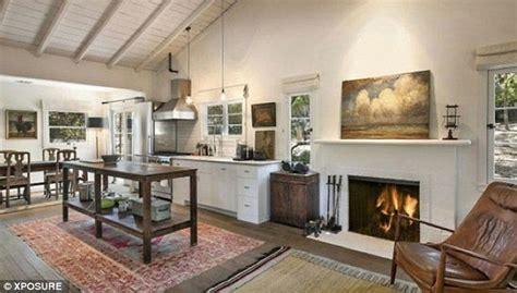 Farm Kitchens Designs Ellen Degeneres And Portia De Rossi Sell Their Idyllic