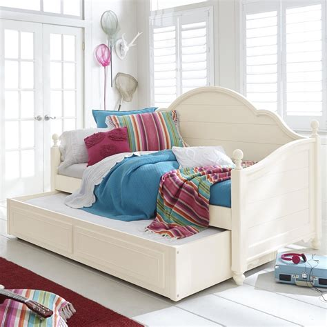 day beds for kids legacy classic kids summerset panel daybed with trundle