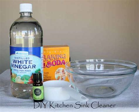 Stainless Steel Kitchen Sink Cleaner Diy Kitchen Sink Cleaner For Stainless Steel I Can T Wait To Try It Cleaning