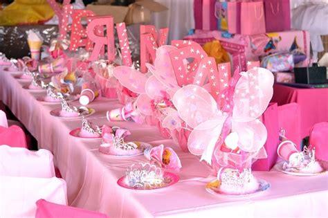 decorare tavola compleanno tante idee originali e pratiche per allestire la tavola di