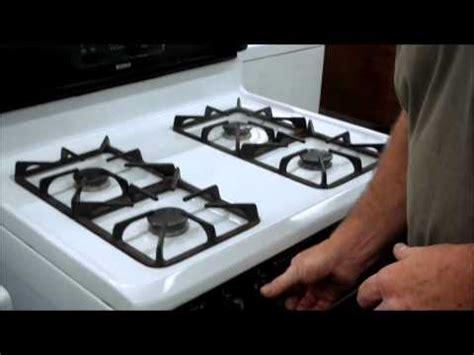 gas stove clicks but doesn t light stoves gas stove won t light