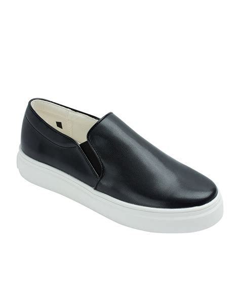 black leather slip on sneakers womens leather slip on sneakers 28 images womens faux