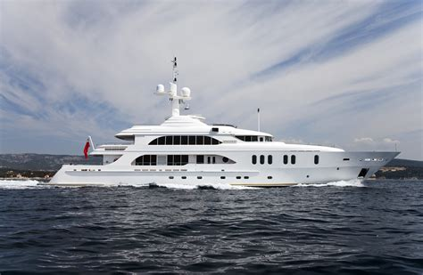 yacht for sale singapore fraser to attend the palma superyacht show 2017