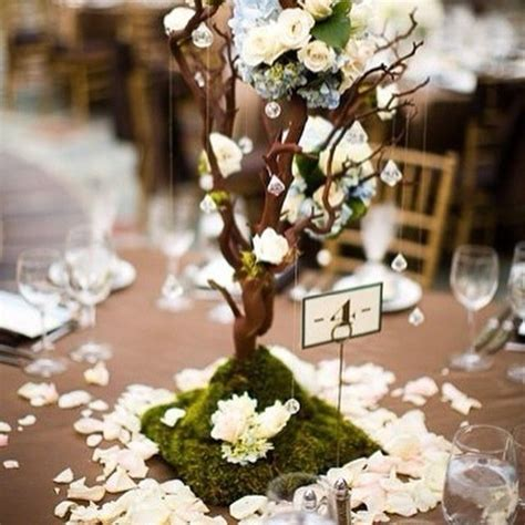 For The Lord of the Rings fans, an Elven wedding. #wedding