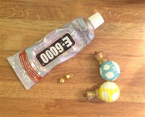 Diy Cabinet Knobs by Diy Easy Cabinet Knob Necklace So Called Crafty
