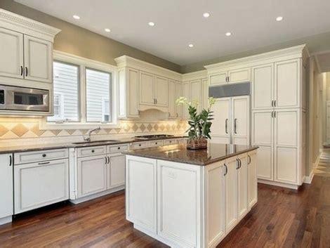 sherwin williams paint store melbourne fl sherwin williams antique white kitchen cabinets kitchen