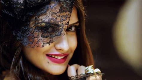 himanshi khurana image download charda siyal hd video song download himanshi khurana hot