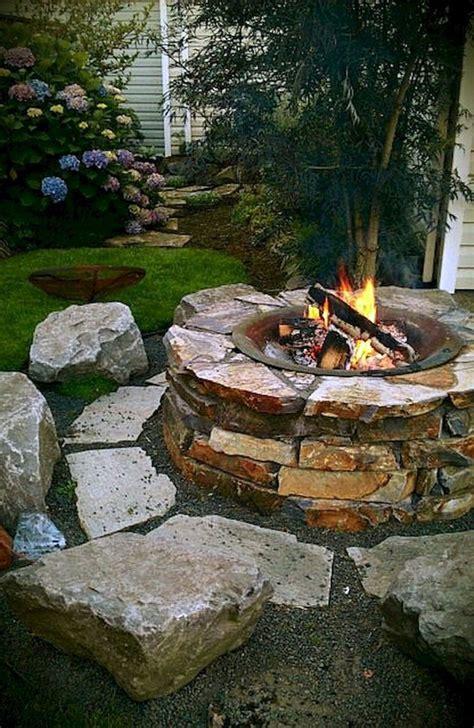 amazing diy backyard fire pits design ideas moetoe