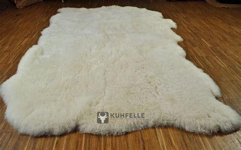 lammfell teppich island lammfell teppich naturwei 223 130 x 190 cm kurzhaarig