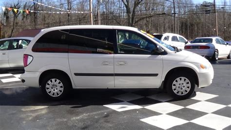 2005 Chrysler Town And Country by 2005 Chrysler Town And Country Buffyscars