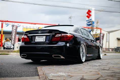lexus japan nicely stanced aimgain japan lexus ls 460 l autoevolution