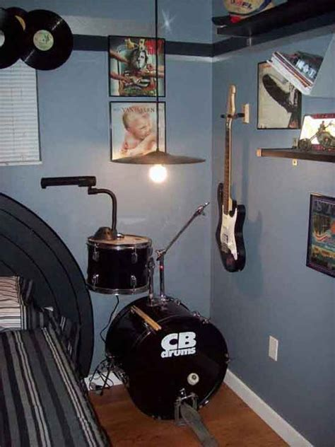 guitar bedroom ideas 24 best images about dj s bedroom on pinterest music rooms drums and for kids