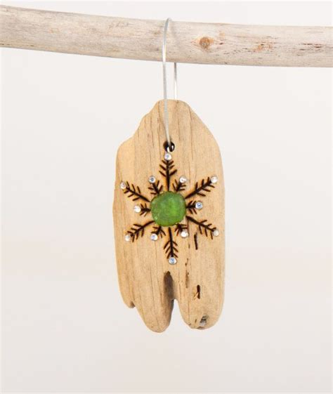 1000 ideas about driftwood christmas decorations on