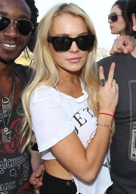 how long is celebrity love island on for 165 best long island lolita lindsay lohan images on