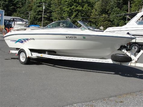 bayliner boats lake george used bowrider boats for sale in lake george new york