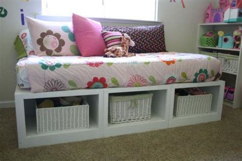 Diy Daybed Frame With Storage White Storage Daybed Diy Projects