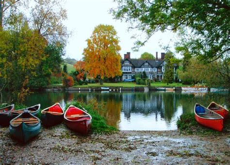 fishing boat hire river thames thames canoes boat hire maidenhead england hours