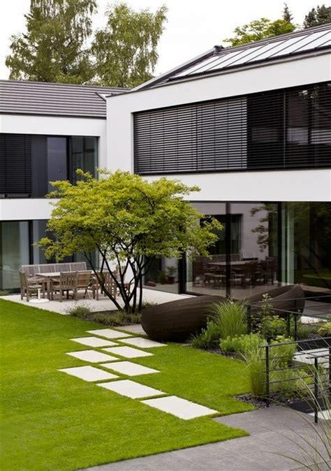 moderne gärten bilder sch 246 ner moderner garten gartens max