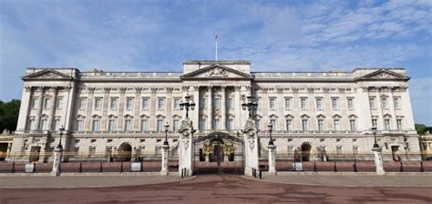 Cheapest State by Train To Buckingham Palace Nearest Station Trainline