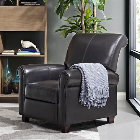 Small Recliner Chair by Finding The Best Small Leather Recliners Best Recliners