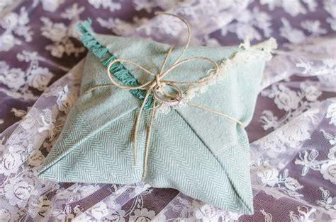 Diy Cing Pillow by Diy Tutorial How To Make A Diy Ring Bearer Pillow