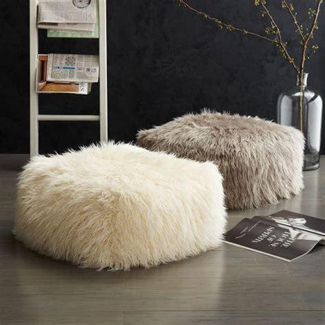 Fur Decor by 39 Cozy Fur Home D 233 Cor Ideas For Cold Seasons Interior