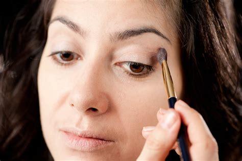 tutorial make up lipstik tutorial make up look maya melly it