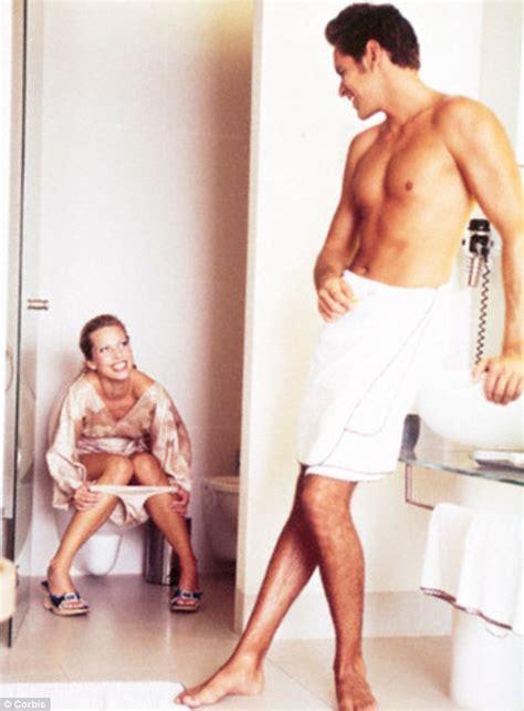 how do women go to the bathroom women going to the bathroom www pixshark com images