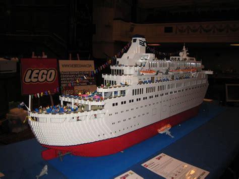 lego boat pics the love boat in lego make