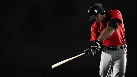 muscles used to swing a bat what are the muscles used to swing a baseball bat