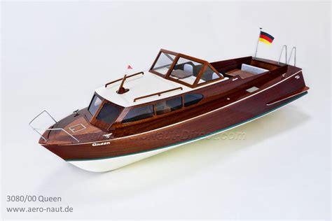 boat shop de queen ar queen 1960s semi scale rc classic sports boat aero naut