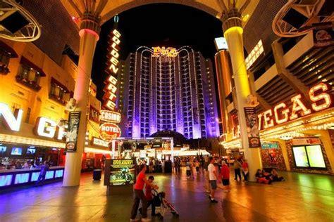 las vegas plaza er 246 ffnet ohne pokerroom binion s will hotel tower
