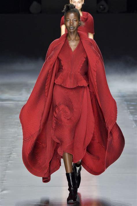 Model Pashmina 2016 17 best images about designer issey miyake on irving penn runway and ikko